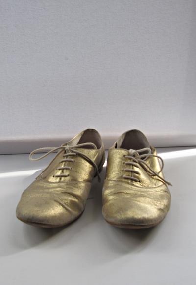 goldene Schuhe by TOC