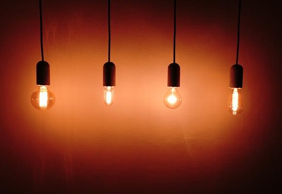 indivudelle Beleuchtung und aussergewöhnliche Glühbirnen by TOC