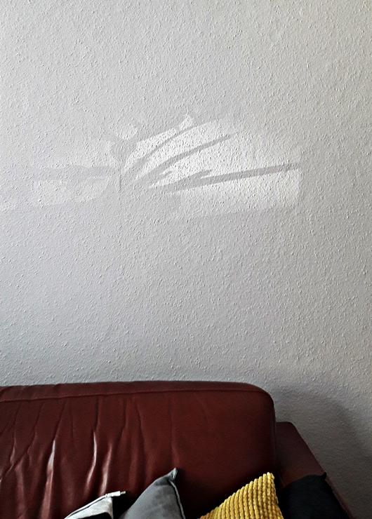 Wie ich den Hintergrund bei Bildern ohne Photoshop entferne - Achte und vermeide Schattenwurf auf deinem Fotohintergrund