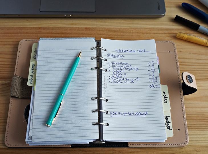Filofax Beispiel Seite mit Wochenaufgaben und Zeitangaben (1)