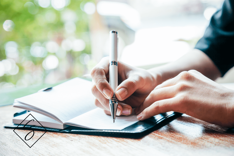 Warum du als Expertin ein Buch schreiben solltest